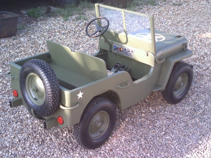 Toylander 3 MB 43 Willys Army Jeep - Electric 24 Volt