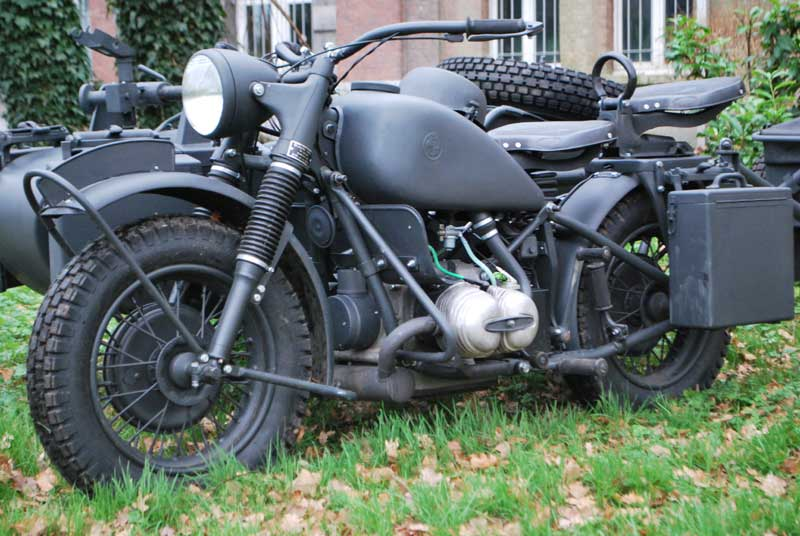 Design Your Own Car >> BMW R75 With Sidecar