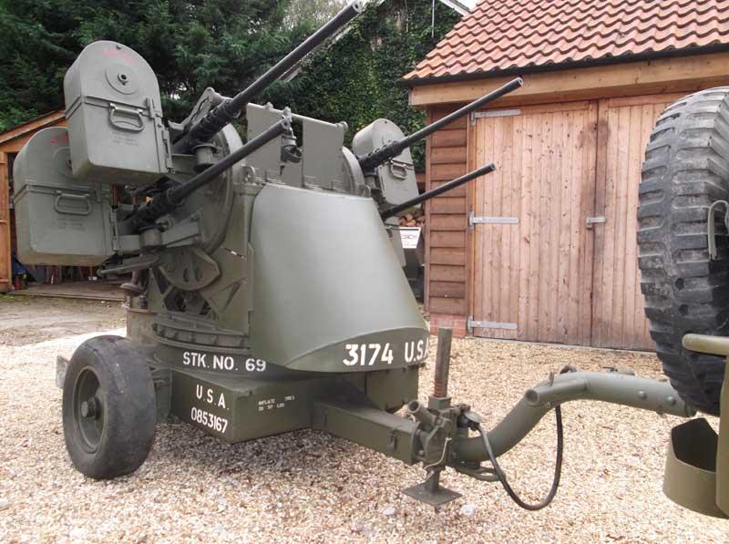 machine gun mounted